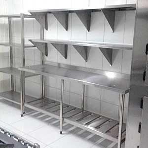 Estanter as y armarios para hosteler a cons ltenos - Estanterias para bares ...
